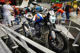 Honda CB1000R+ Limited Edition (5)