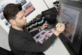Photo Set - The new BMW 7 Series - Design sketches (01_2019).