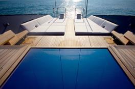 2006 Esense terrace mega saile ph. Toni Meneguzzo