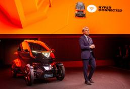 SEAT-and-IBM-revolutionise-urban-mobility-with-AI 03 HQ