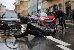 cycling-skoda-safety-campaign