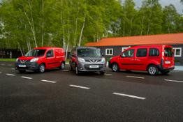 Nissan NV250 van - Pack shot 1