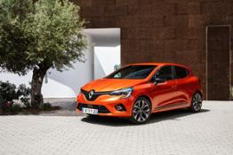 21227129 2019 - New Renault CLIO test drive in Portugal
