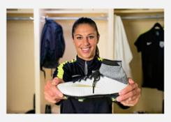 17 boots-nike-women-football-history-dream-further-13 88316