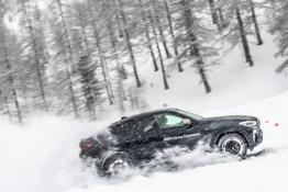 Photo Set - Nuova BMW X6 - dinamiche
