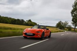 2019 MX-5 SpecialEdition Action 007 hires