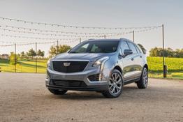 2020-Cadillac-XT5-Sport-008