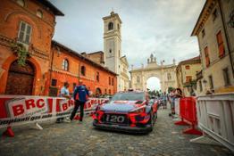 Hyundai-partenza-Rally-Alba