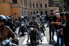 01 Moto Guzzi Open House 2019