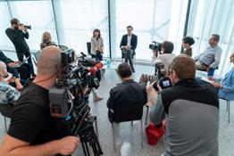 02 Museion Press Meeting Bart van der Heide Foto Cerrato