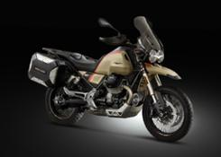 Still_life_Moto Guzzi V85TT Travel
