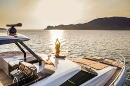 1 Ferretti Yachts 920 PURE yoga