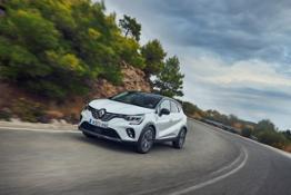 21233653 2019 - New Renault CAPTUR tests drive in Greece