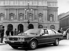 16357-MaseratiQuattroporte3rdgeneration-LucianoPavarotti-1985