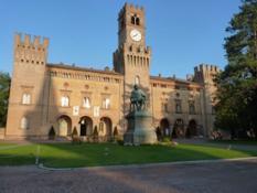 Veduta di Rocca Pallavicino da Piazza Giuseppe Verdi - Busseto