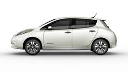 2017 Nissan LEAF 08-source