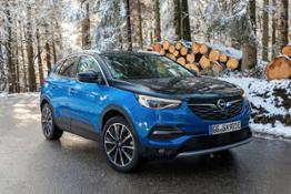 Opel-Grandland-X-Hybrid4-510355