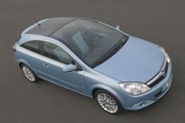 2005 -Astra Hybrid 1