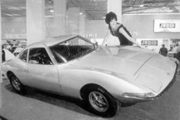Opel-experimental-GT-79189