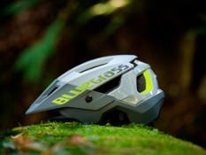 Bluegrass-rogue-core-mips-mtb-enduro-helmet00001