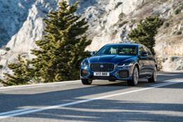 NEW JAGUAR XF SALOON – EXTERIOR DYNAMIC IMAGES