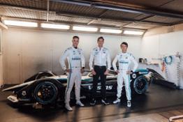 D694724-Mercedes-Benz-EQ-Formel-E-Team