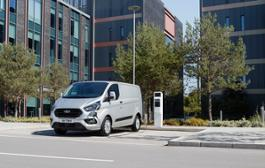 Ford reveals production version of new Transit Custom plug-in hybrid