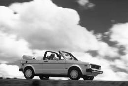 12576-TheVolkswagenCabrioletthe80sdefinitionoffuninthesun