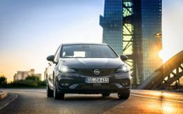 Opel-Astra-508376 1