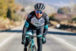 Esteban Chaves BikeExchange