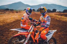Jeffrey Herlings & Tom Vialle - KTM 450 SX-F & KTM 125 SX 2022