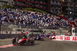 Nissan Formula E - Season 7 - Oliver Rowland - Car 22 LEAF (3)