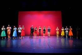 Il team di Sedotta e Sclerata Ballet sul palco.jpg