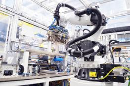 robots support battery production