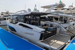Absolute-Yachts-Cannes-Yachting-Festival-2021-a