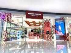 4 AMEDEO TESTONI's Festival Walk store in HK 2