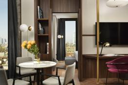 UE MilanoVerticale Milano Suite Vista living photocourtesyMilanoVerticale UNAEsperienze