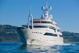 crn-al-monaco-yacht-show-2013-my-crn-chopi-chopi-89mt_running