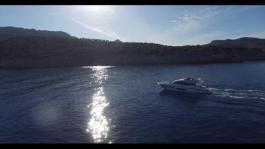 s65-video-white-hull