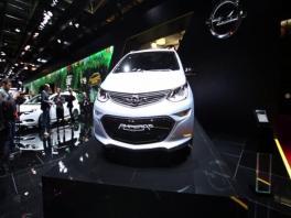 Footage Opel Ampera-e