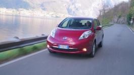 Nissan LEAF 30kWh Dynamic B Roll Lake Como