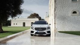 amg gla 45 4matic design