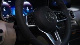 201711 Los Angeles Auto Show Mercedes English
