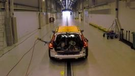 223620 New Volvo V60 - crash test