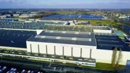 21211878 2017 - Maubeuge Renault plant - Clip