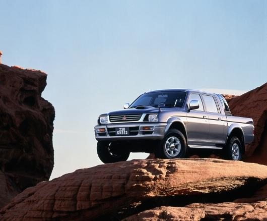 Mitsubishi pickup truck 3a generazione