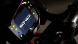 Moto Guzzi V85 TT sel.imm