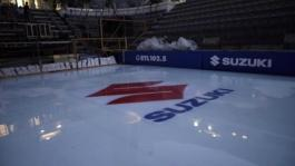 Backstage Opera On Ice Suzuki corto
