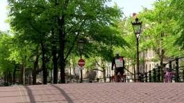 banca immagini Amsterdam dinamiche urbano e airbump